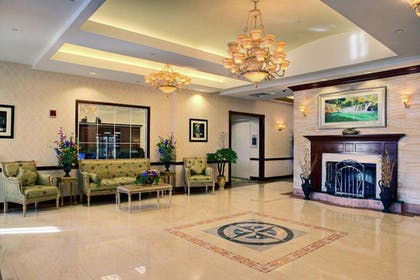 Lobby | Homewood Suites by Hilton East Rutherford - Meadowlands