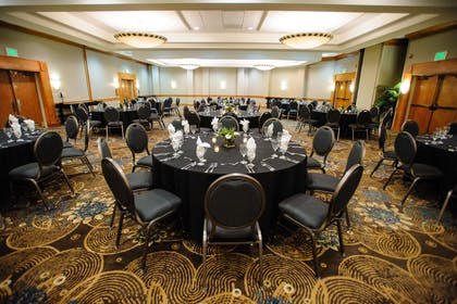 Meeting Room | DoubleTree by Hilton Hotel Memphis