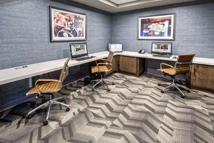 Business Center | Hampton Inn & Suites Memphis-Wolfchase Galleria