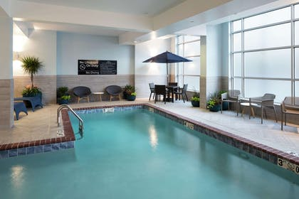 Pool | Hampton Inn & Suites Memphis-Beale Street