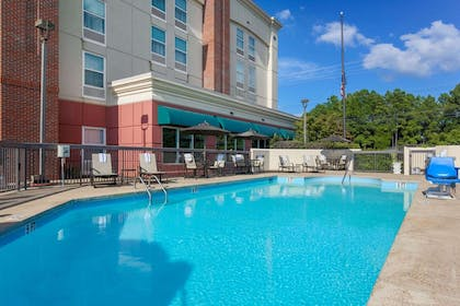 Pool | Hampton Inn Memphis Southwind