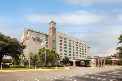 Exterior | Embassy Suites by Hilton Montgomery Hotel & Conference Center