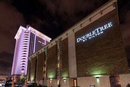 Exterior | Doubletree by Hilton Hotel Montgomery Downtown