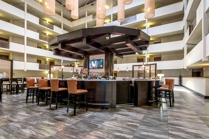 BarLounge | Doubletree by Hilton Hotel Montgomery Downtown