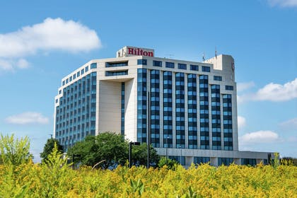 Exterior | Hilton Minneapolis - St. Paul Airport