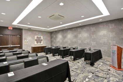 Meeting Room   Embassy Suites by Hilton Minneapolis Airport