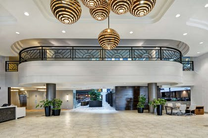 Lobby   Embassy Suites by Hilton Minneapolis Airport