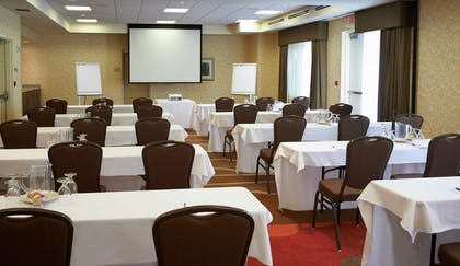 Meeting Room | Hilton Garden Inn Minneapolis/Eden Prairie