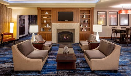 Lobby | DoubleTree Suites by Hilton Minneapolis Downtown