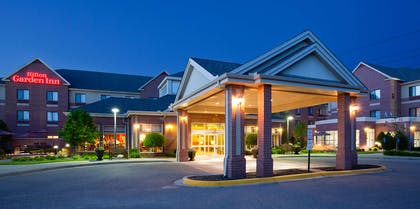 Exterior | Hilton Garden Inn Minneapolis - Maple Grove