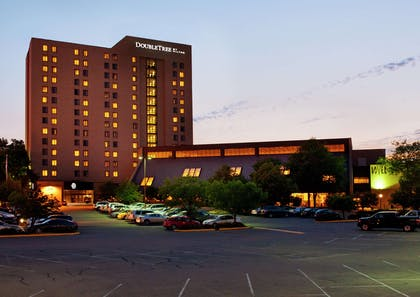 Exterior | DoubleTree by Hilton Hotel Minneapolis - Park Place
