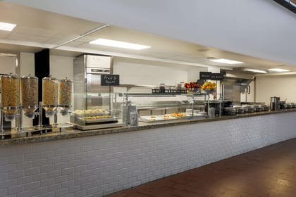Restaurant | Embassy Suites by Hilton New Orleans