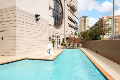 Pool | Embassy Suites by Hilton New Orleans