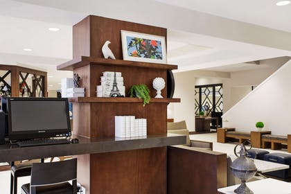 Business Center | DoubleTree by Hilton Hotel New Orleans