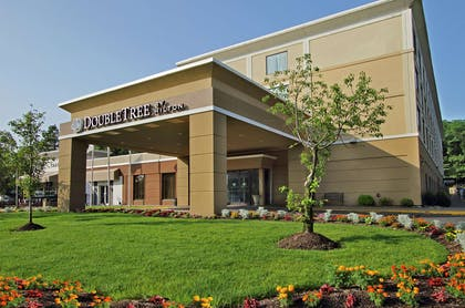 Exterior | DoubleTree by Hilton Mahwah