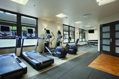 Health club | Embassy Suites by Hilton Napa Valley