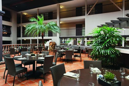 Restaurant | Embassy Suites by Hilton Napa Valley