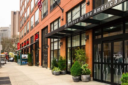 Exterior | Hilton Garden Inn New York Tribeca