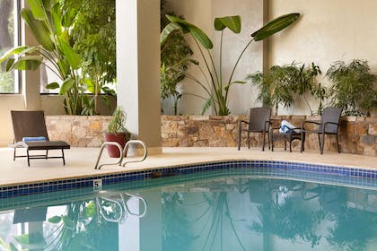 Pool | Embassy Suites by Hilton Oklahoma City-Will Rogers World Airport