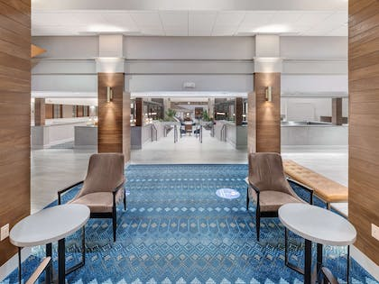 Lobby | Embassy Suites by Hilton Oklahoma City-Will Rogers World Airport