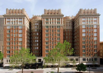 Exterior | The Skirvin Hilton Oklahoma City