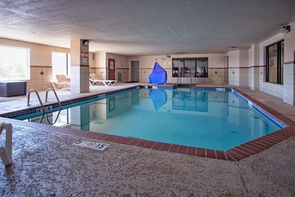 Pool | Hampton Inn Oklahoma City/Yukon