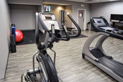 Health club | Hampton Inn Oklahoma City/Yukon