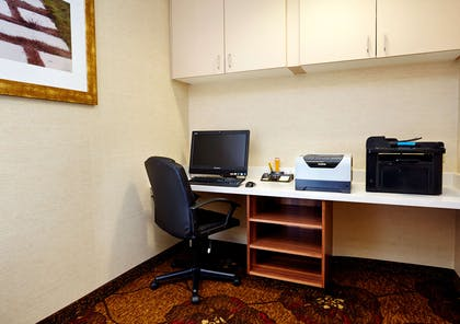 Business Center | Hilton Garden Inn Omaha Downtown/Old Market Area