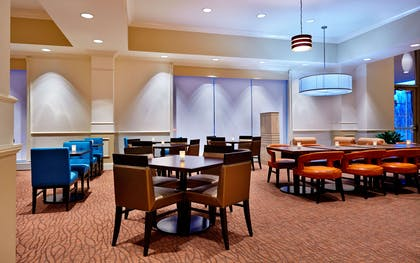 Restaurant | Hilton Garden Inn Omaha Downtown/Old Market Area