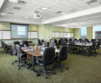 Meeting Room | DoubleTree by Hilton Hotel Omaha Downtown