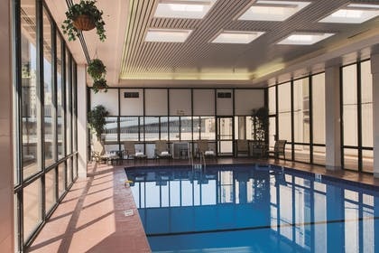 Pool | DoubleTree by Hilton Hotel Omaha Downtown
