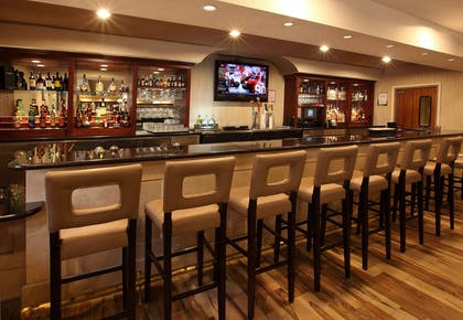 BarLounge | DoubleTree by Hilton Claremont