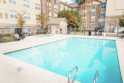 Pool | Homewood Suites by Hilton Ontario-Rancho Cucamonga