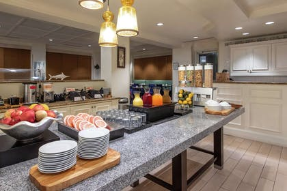 Breakfast Area | Hilton Garden Inn Orlando at SeaWorld