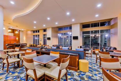 Restaurant | Hampton Inn and Suites Owensboro/Downtown-Waterfront