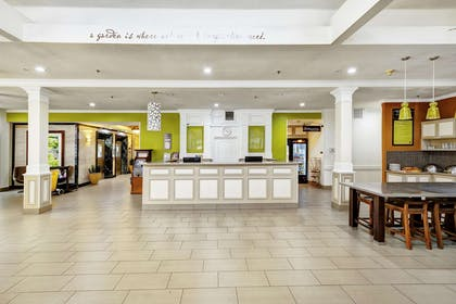 Reception | Hilton Garden Inn Portland Airport