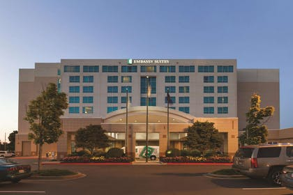 Exterior | Embassy Suites by Hilton Portland Airport