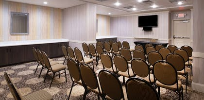 Meeting Room | Hilton Garden Inn Philadelphia Ft. Washington