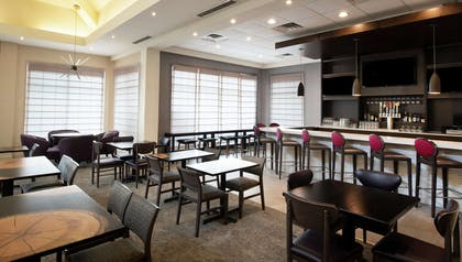 BarLounge | Hilton Garden Inn Philadelphia Ft. Washington