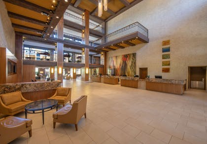 Lobby | Hilton Phoenix Resort at the Peak
