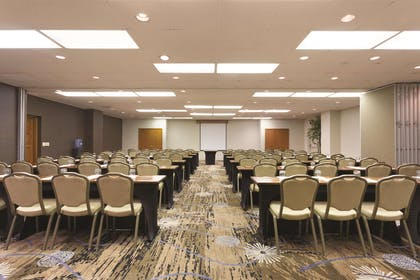 Meeting Room | Embassy Suites by Hilton Phoenix Airport