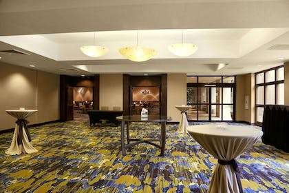 Meeting Room | Embassy Suites by Hilton Phoenix - Tempe
