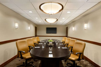 Meeting Room | Embassy Suites Piscataway Somerset