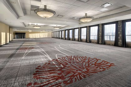 Meeting Room | DoubleTree by Hilton Pittsburgh Airport