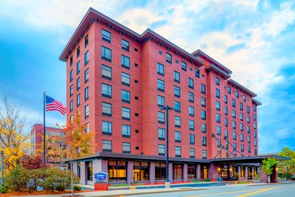 Exterior | Hampton Inn & Suites Pittsburgh-Downtown