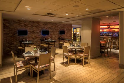 BarLounge | DoubleTree by Hilton Hotel & Suites Pittsburgh Downtown