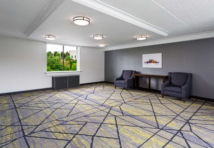 Property amenity | DoubleTree by Hilton Hotel Pittsburgh - Meadow Lands