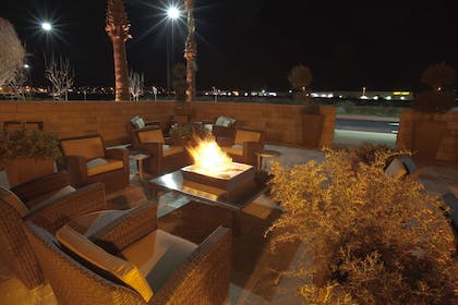 Recreational Facility | Embassy Suites Palmdale