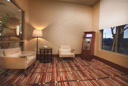 Business Center | Embassy Suites Palmdale