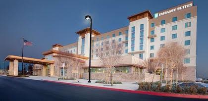 Exterior | Embassy Suites Palmdale